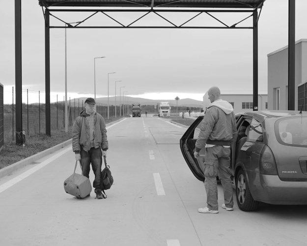 Scéna z filmu Záhradníci.