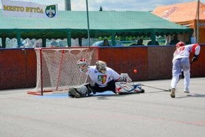 Marek Miko v rozhodujúcom zákroku turnaja.