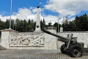 Pamätník vo Svidníku
