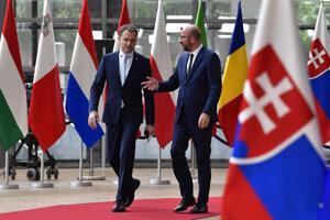 Pre Igora Matoviča to bol prvý summit Európskej rady. Privítal ho jej šéf Charles Michel.