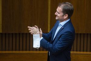 Premiér Igor Matovič po návrate do parlamentu.