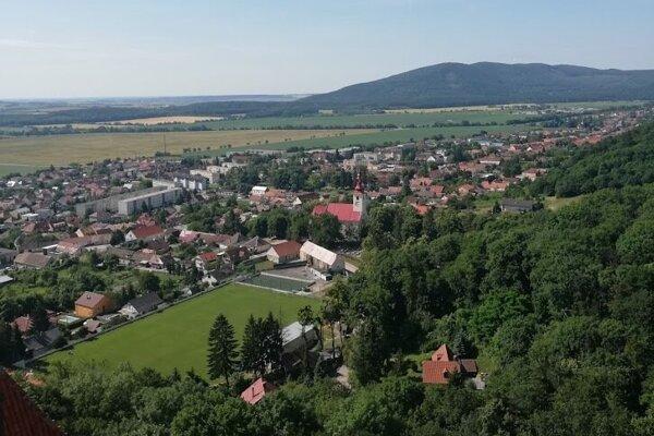 obec Smolenice