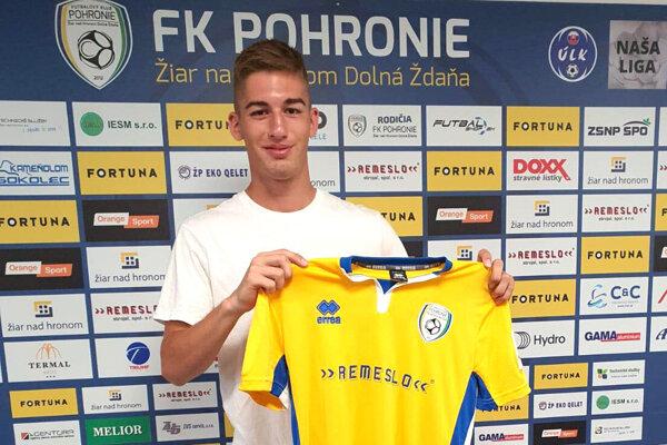 Erik Kramár sa stal hráčom FK Pohronie.