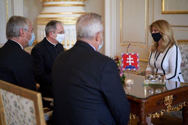 Stretnutie prezidentky so zástupcami cirkví a židovskej náboženskej obce.