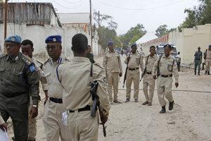 Príslušníci somálskych vládnych bezpečnostných síl.