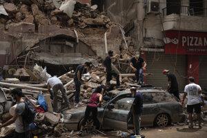 Trosky v uliciach Bejrútu.