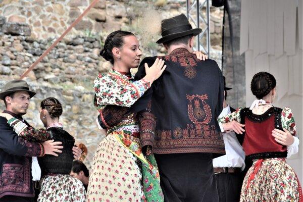 Počas Kultúrnych dní sa predstavil aj domáci súbor Rakonca.
