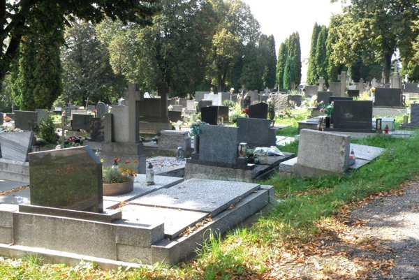 Mestský cintorín v Prievidzi.