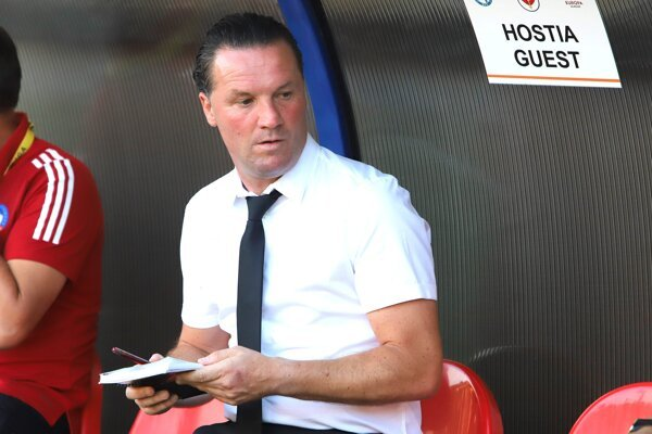Belgický tréner AS Trenčín Stijn Vreven.