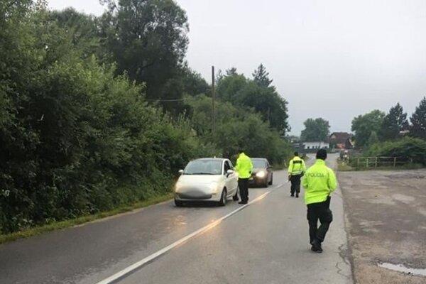 Policajné kontroly odhalili ďalších podgurážených vodičov.