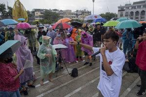 Demonštrácia na posilnenie demokracie v Bangkoku 23. augusta.