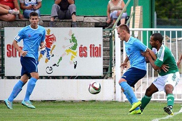 Zľava Andrej Ivančík, Adam Morong (strelci dvoch nitrianskych gólov) a Eugen Wilson Speck.