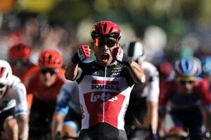 Caleb Ewan vyhráva 3. etapu na Tour de France 2020.