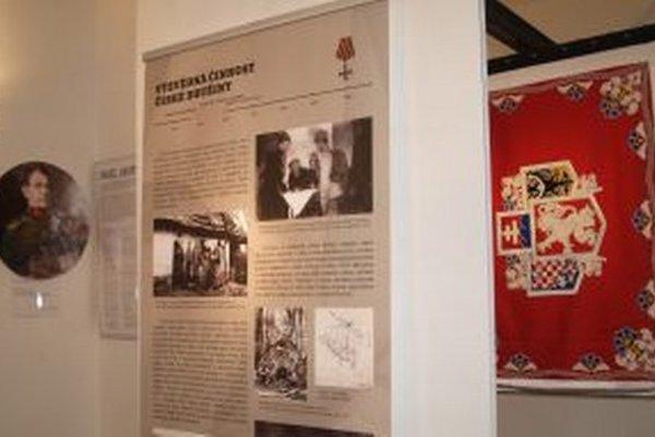 Výstava o histórii československých legionárov v synagóge potrvá do 13. septembra.