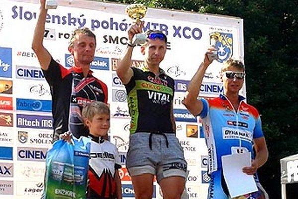 V Smoleniciach si Peter Koňoš (vpravo) vybojoval 3. miesto.