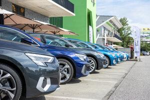 Flotila prvých Audi A3 štvrtej generácie na Slovensku.