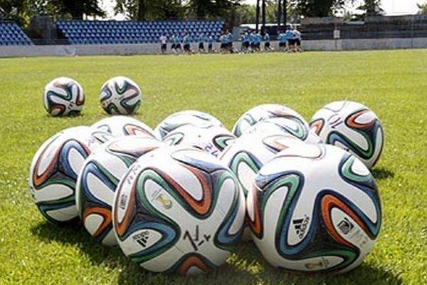 Futbaloví funkcionári musia spozornieť. Leto prináša zmeny tak v prestupovom poriadku, ako aj v súťažnom poriadku.