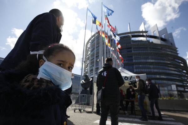Budova parlamentu v Štrasburgu sa na jar dočasne premenila na testovacie centrum na Covid-19.