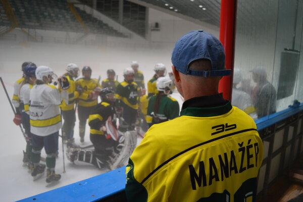 Prvé tréningy po dvoch rokoch opäť na ľade prešovského zimného štadióna.