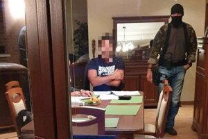 Národná kriminálna agentúra zadržala v rámci akcie Boží mlyn jedného z obvinených Makóa.