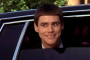 Jim Carrey vo filme Blbý a blbší.