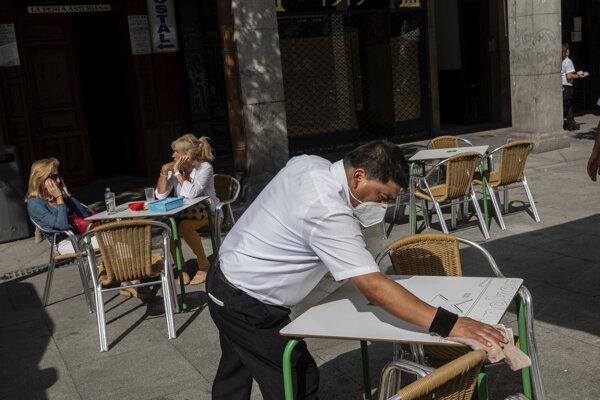 Španielska vláda dosiahla dohodu, umožní čiastočný lockdown v Madride