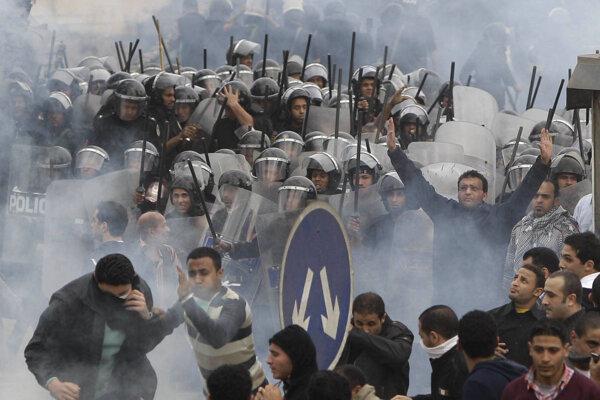Šiesti obvinení z vraždy policajtov dostali v Egypte trest smrti