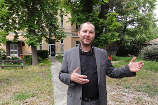 Políciou hľadaný exriaditeľ mestskej nemocnice Michal Grujbár.