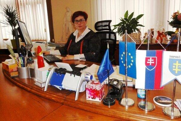 Primátorka Topoľčian Alexandra Gieciová.