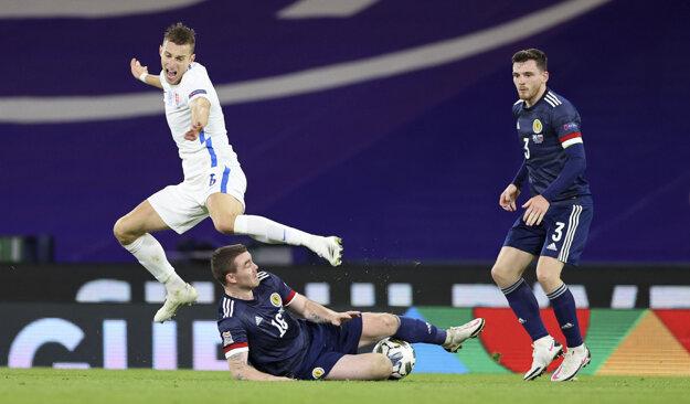 Momentka zo zápasu Škótsko - Slovensko.