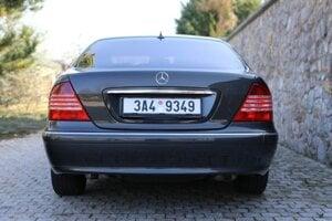 Mercedes-Benz W220 S500