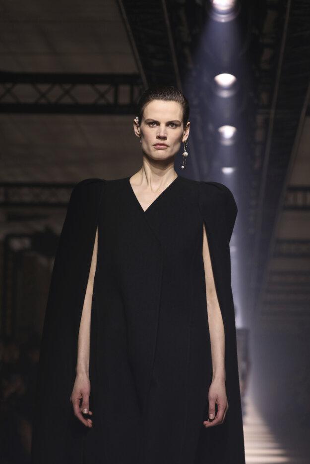 Značka Givenchy počas Women's fashion week v marci 2020.