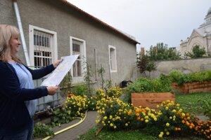 Komuntná záhrada sa z plánu preniesla do reality.