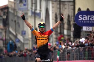Jan Tratnik vyhral 16. etapu na Giro d'Italia 2020.