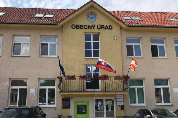 Obecný úrad v Chorvátskom Grobe
