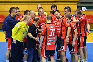 Hádzanári Šale v úvodnom zápase turnaja porazili ŠKP najtesnejším rozdielom.