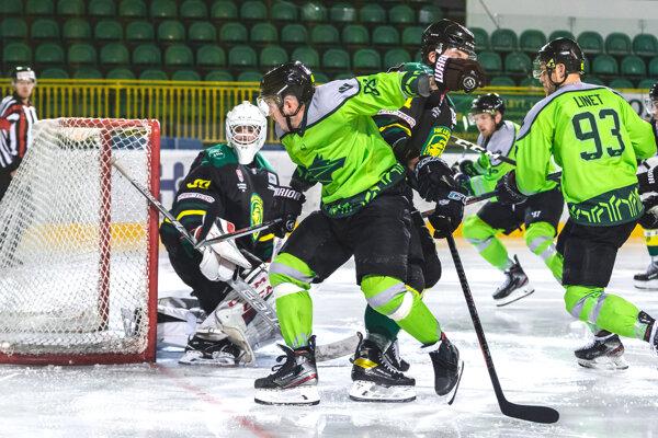 V jedinom ligovom zápase novej sezóny sa Levičania predstavili u Vlkov zo Žiliny. Hostia pred týmto zápasom toho nemali veľa natrénovaného, keďže boli vkaranténe.