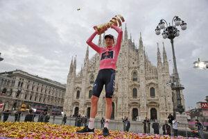 Tao Geoghegan Hart vyhral Giro d'Italia 2020.