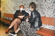 Obžalovaná Kristína Rigová (vpravo) s advokátkou Helenou Knopovou na krajskom súde.