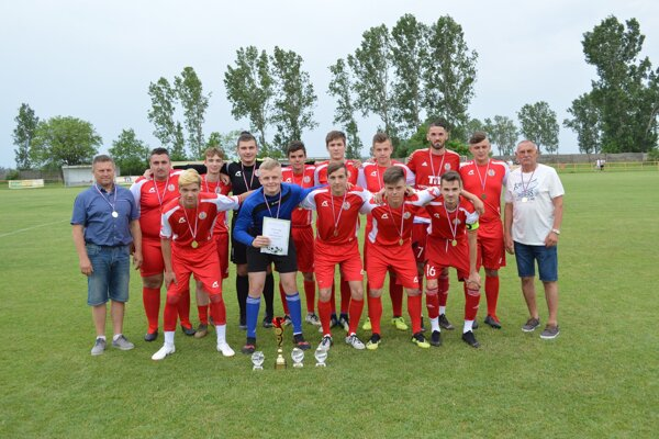 Mužstvo dorastencov U19, ktoré si vsezóne 2018/2019 vybojovalo postup do V. ligy – Východ.