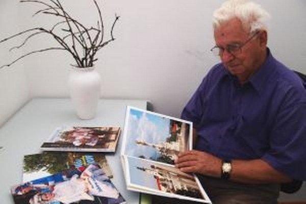 Jubilant Milan Hlôška je autorom obrazových publikácií aj fotokníh.