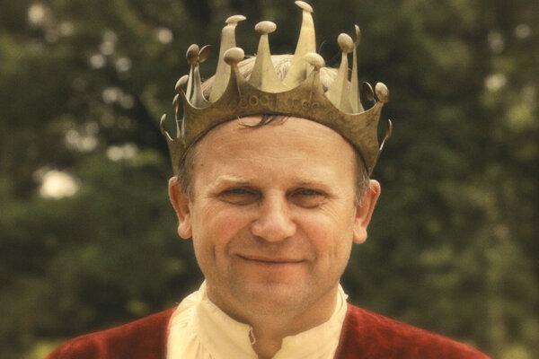Starosta Spišského Hrhova Vladimír Ledecký počas nakrúcania filmu To ta monarchia.