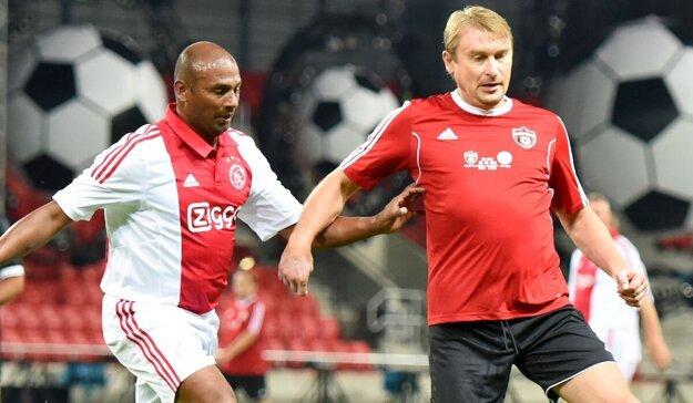 V drese starých pánov trnavského Spartaka v exhibičnom zápase proti Ajaxu Amsterdam.