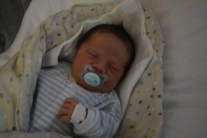 Evan Murko (3420 g, 49 cm) sa narodil 2. novembra Monike a Dominikovi z Nemšovej.