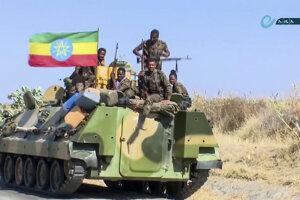 Etiópski vojaci blízko hraníc s Tigrajom.
