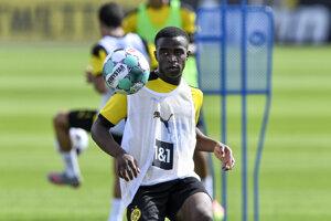 Youssoufa Moukoko na tréningu Borussie Dortmund.