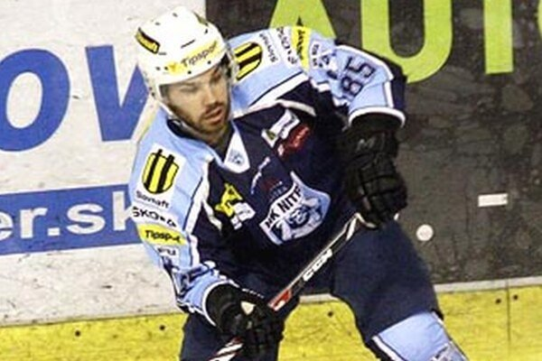 Hokej sa ľuďom musel páčiť, povedal útočník Nitry Marek Slovák.