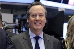 Generálny riaditeľ S&P Global Douglas Peterson.