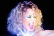Kylie Minogue vydala svoj pätnásty štúdiový album s názvom Disco.
