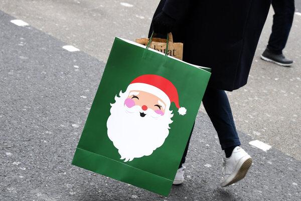 Darčeky od dnešného dňa kúpite iba v potravinách.